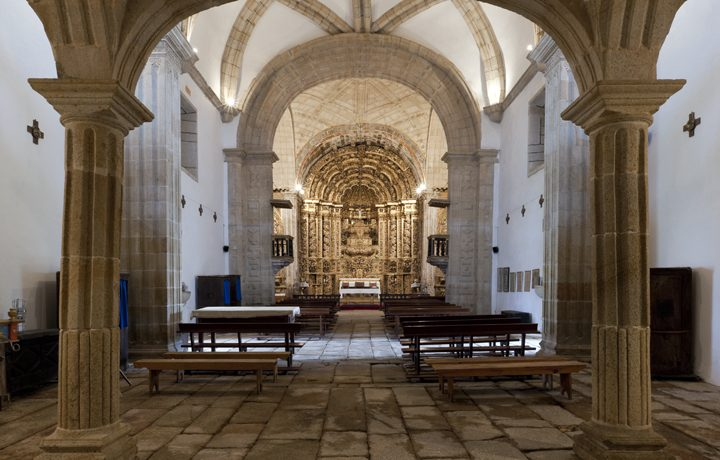 Basílica Menor de Santo Cristo de Outeiro_basilica_outeiro_4_38627405954e217673ca8f