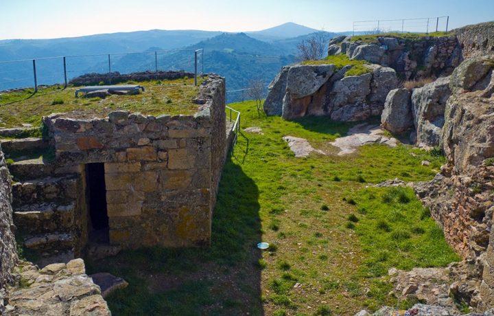 Castelo de Algoso_algoso_2_152467583354ddeae6ae634