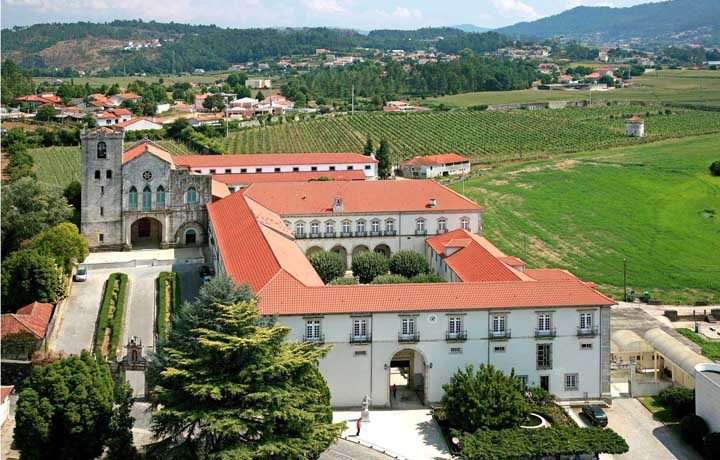 Convento de Sao Salvador de Vilar de Frades_vilar_de_frades_2_207143526354908c4c47b0b