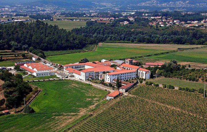Convento de Sao Salvador de Vilar de Frades_vilar_frades_1_112357570954e20fc6252bd